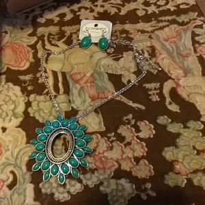 Turquoise Color Necklace earrings set